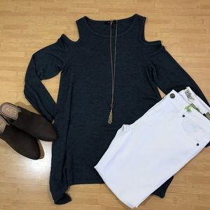 ❤️ Gray green Olivia sky cold shoulder sweater top